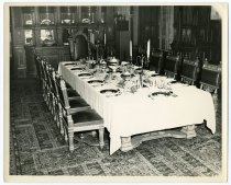 Image of 04.085 - Photograph