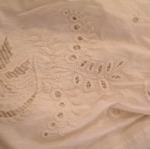 Image of 1981.025.0002 dress detail