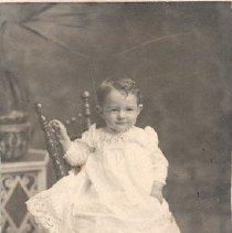 Image of Unidentified toddler girl - 1996.013.0001b