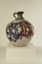 Image of Vase with handle