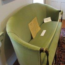 Image of 1999.004.001 - Sofa