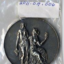 Image of 2011.017.006 - Trophy