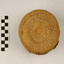 Image of 053.011 base of basket from the exterior