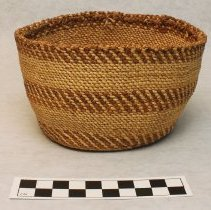 Image of 254.005 image of front of basket