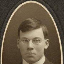 Image of Woodstock College - Graduate - Moyle (Harry) of Toronto (1906) - 1904