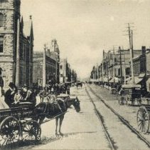 Image of Dundas - Looking West from Reeve Street - 1903 to 1907/05 C