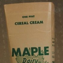 Image of Maple Dairy Cereal Cream Container (Pint) - 1910 C