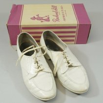 Image of Nurses Shoes in Box - 1969 C