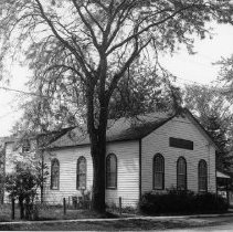 Image of Bronte Baptist Church - This was the Bronte Baptist Church that was built in 1854, located on Jones Street. It then became the Jones Street Hall in Bronte.