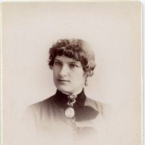 Image of Portrait of Mrs William Busby - A portrait photo of Mrs William Busby as a young woman.