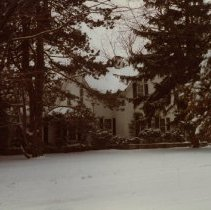 """Image of """"Jones"""" House - Located on Howard Street (exact location unknown)."""