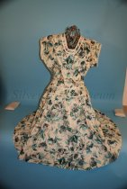 Image of 1999.50.482a - Dress