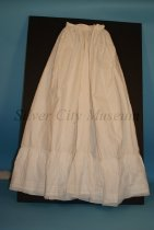Image of 81.4.37 - Petticoat