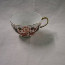Image of 2009.433.1 - Teacup