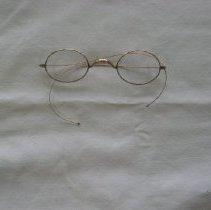 Image of 2009.937.1 - Eyeglasses