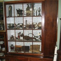 Image of 2010.10.1 - Cabinet