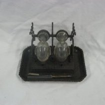 Image of 2010.27.1 - Inkstand