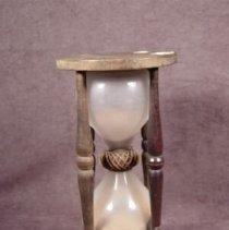 Image of 1964.012 - Hourglass