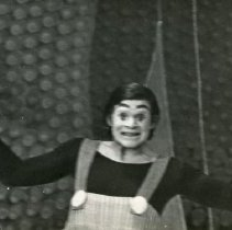 Image of AC-03-06-40 - Actors Company Photograph Collection