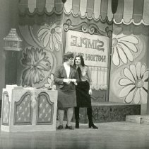 Image of AC-04-01-214 - Actors Company Photograph Collection