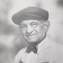 Image of JH-01-06-07 - Johnny Hauck Photograph Collection