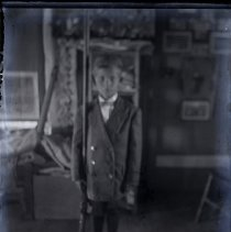 Image of NR-03-01-05 - Nathan Reist Glass Plate Collection