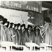 Image of 22-AEOLIANS-1-05 - Photograph
