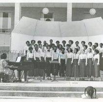 Image of 22-AEOLIANS-1-07 - Photograph