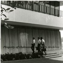 Image of 22-BLAKECENTER-41 - Photograph
