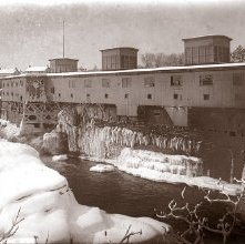 Image of 1966.016.0001 - 1033. Glens Falls, North side, Saw Mills