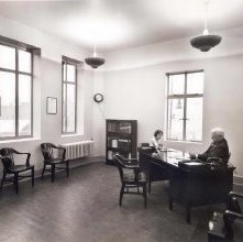 Image of 1976.006.0045 - Office in the Electric Light Building