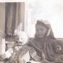 Image of 1976.126.0010f - Colvin Granddaughter