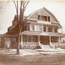 Image of 1976.164.0017 - F. H. Parks home on Glen Street, 1897.