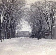 Image of 1977.132.0493 - Glens Falls, Glen Street from Monument.