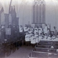 Image of 1977.132.0654 - Choir at the Church of the Messiah