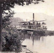 Image of 1977.218.1001 - 229. Lake George - Steamer Ganouskie at Wilson House