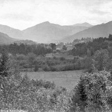 Image of 1977.218.0132 - 20. Keene Valley, south from Brook Knoll Lodge