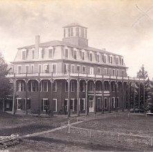 Image of 1977.218.0446 - 85. Loon Lake House, Adirondacks