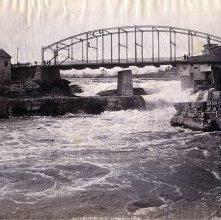 Image of 1977.066.0006 - Glens Falls, N.Y. Bridge from below.