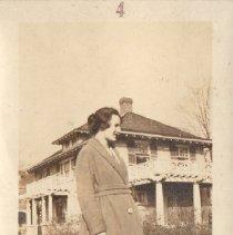 Image of Miss Elizabeth V. Long - 1924.0001.004
