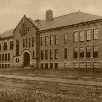 Image of Henry L. Pierce School                                                                                                                                                                                                           - 2007.0060.031