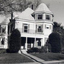 Image of 12 Winthrop Street