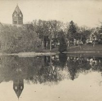 Image of 1200.01.164 - Town Hall and Mill Pond