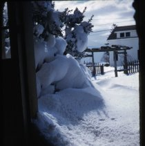 Image of 2015.012.112 - Looking out front door of Handy House in winter.