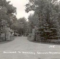 Image of postcard, Entrance To Assembly Grounds, Paynesville, Minn - 6F Lake Koronis