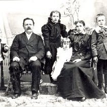 Image of Gustav A. Rabe and family - Clergy