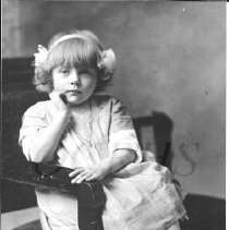 Image of Lillian Baker as a Child - 2001.1.12