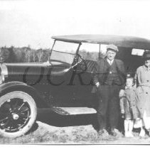 Image of Ronald and Mae Baker with Virginia Lister