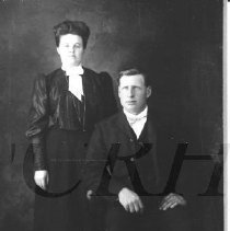 Image of Charles and Nettie (Kennedy) Mitchell - 2001.1.5