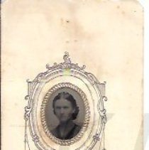 Image of Unidentified Young Woman - Tintype